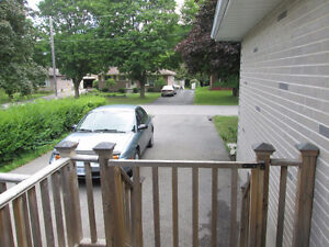 Looking for a FEMALE STUDENT share two bedroom apartment Peterborough Peterborough Area image 7
