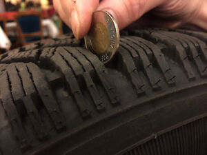 [★★MUST GO★★] 4 Goodyear Snow Tires Brand New P205/65R15