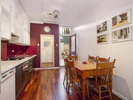 REDFERN- balcony room for one person