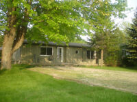 GreenLodge Cottage for rent September Weekends near Grand Bend