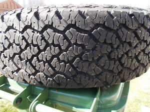 245/70/17 inch Truck Tire / LOTS OF TREAD / GOOD DEAL