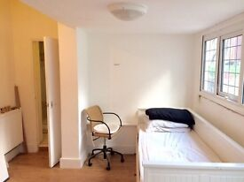 Double room Ensuite in Willesden Green 180pw (150pw single use) all bills included