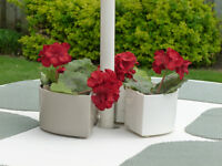 MAGNETIC PLANTER/CONTAINER FOR PATIO TABLES