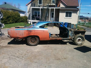 Coquille de Plymouth Satellite 68