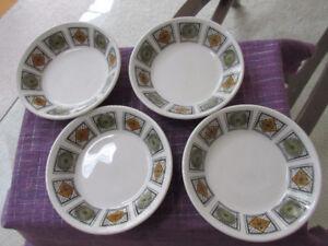 60's Kathie Winkle Berry bowls x 4 - Retro Michelle Pattern