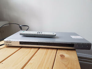 Sony DVD Player- mint condition (Moving Sale)