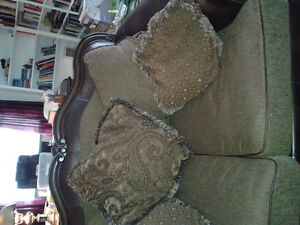 Beautiful mahogany loveseat with fabric (brown)  778-442-2667