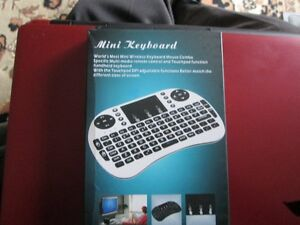 MINI KEYBOARD (WIRELESS KEYBOARD & MOUSE COMBO)