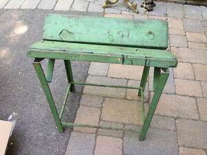 VINTAGE HEAVY CANOE or KAYAK STAND - PARKER PICKERS -