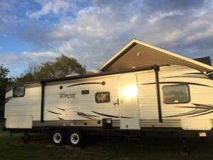 2017 camper that sleeps 8