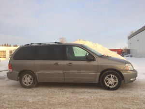 2004 Ford Freestar, MINT CONDITION