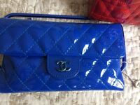 Patent leather Chanel clutch/bag