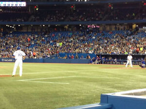 TORONTO BLUE JAYS TICKETS VERY CLOSE TO FIELD 100 LEV ALL GAMES