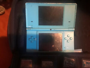 DS and DSi with charger and cases