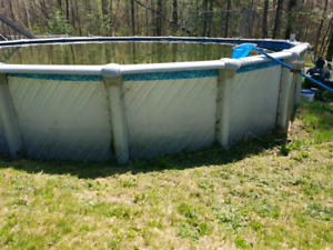 24' Swimming Pool