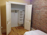 ROOM FOR RENT LAFONTAINE PARK PAPINEAU METRO (10 MIN FROM UQAM)