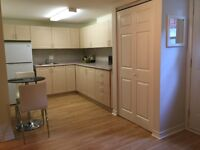 1-bed Apartment in Thornhill, Bus directly to York University