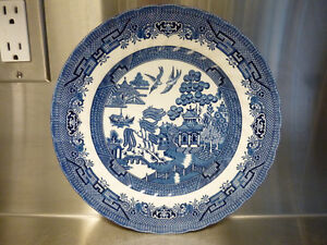 Four Blue Willow Royal Wessex Made in England Dinner Plates