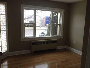2 Bedroom with den, 5 appliances, Rent discount for Maintenance.