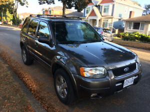2004 Ford Escape Low kms All options 4WD