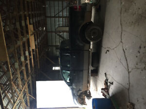 Parts truck 2005 Ford F-150 SuperCrew Pickup Truck