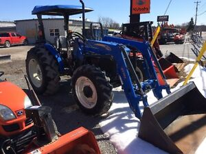 NEW HOLLAND WORKMASTER 75-ONLY 400HRS
