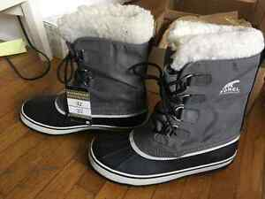 BRAND NEW SOREL BOOTS - 9.5 Kingston Kingston Area image 1