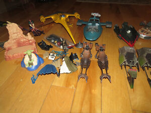 LOT OF STAR WARS SHIPS AND VEHICLES FOR SALE