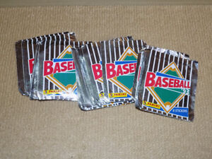 25 SEALED STICKER PACKAGES 1993 PANINI BASEBALL