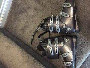 Men's ski boots size 26.5