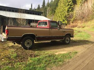 1990 Dodge W250 4x4 cummins diesel