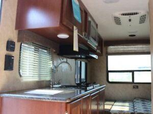2015 Coachmen Ultra-Lite 17RD Prince George British Columbia image 8
