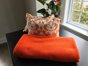 Matching Cotton Blanket and Pillows