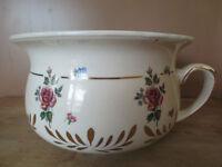 Pot ancien en porcelaine (vintage)
