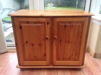 Solid Pine Cabinet/Sideboard Immaculate Condition