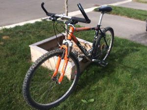 Specialized Hard Rock Comp. Mountain Bike
