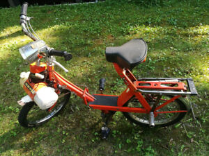 Vintage & Rare 1973 French Plisolex 5000 folding Moped