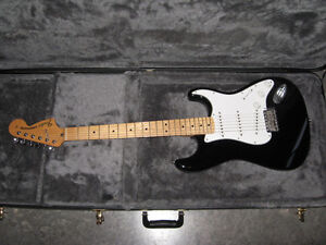 70's Re-issue Stratocaster with Hardshell Case Peterborough Peterborough Area image 4