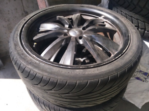 Summer sport tires with rims