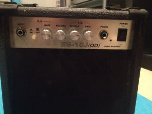 guitar amp for sale $25!