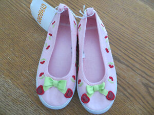 girls size 12 slip on running shoes gymboree BNWT