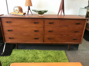 Mid century modern Teak Dresser and  night tables side stand