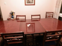 Beautiful Antique Mahogany Dining Table and Chairs