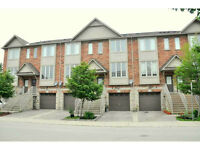 Freehold Townhouse in Ancaster