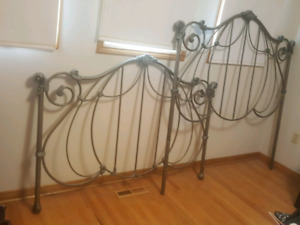 Iron bed- Queen size