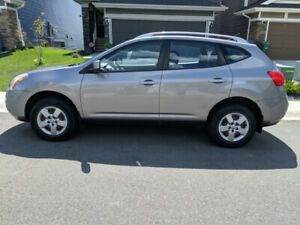 Nissan Rogue 2009 AWD (S) - Low Mileage
