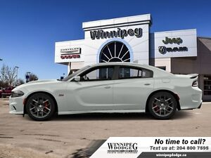 2016 Dodge Charger R/T Scat Pack w/Technology Package *DEMO*
