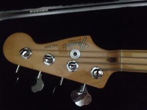 1983 Fender Jazz Bass Cambridge Kitchener Area image 3