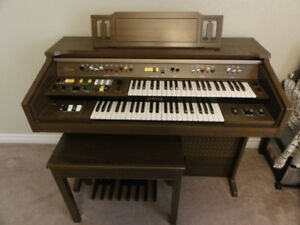 Yamaha Electone B-55N Electric Organ