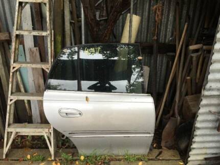 REAR DOOR STATESMAN Holden wagon HSV commodore vt Vx vy vz ls1 Altona Hobsons Bay Area Preview